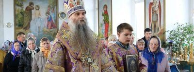 Епископ Валуйский возглавил праздничную Божественную литургию в храме в селе Солдатка