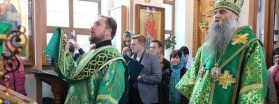 Епископ Валуйский возглавил торжества в престольный праздник в Селиваново