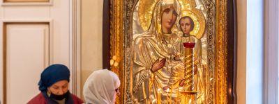 Митрополит Белгородский совершил Всенощное Бдение в канун праздника Рождества Пресвятой Богородицы