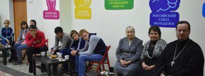В православной студии в Ровеньках выбор профессии обсудили с врачом, учителем и священником