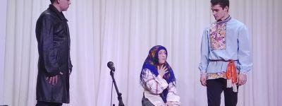 Спектакль о блаженной Матроне Московской представили на концерте ко Дню православной молодежи в Валуйках