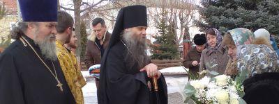 Епископ Валуйский совершил Божественную литургию в старинном храме в честь святителя Димитрия Ростовского в городе Алексеевка