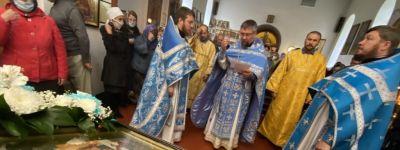 В храме святого апостола Иакова на Рождество Пресвятой Богородицы была совершена праздничная Божественная литургия
