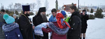 Епископ Валуйский совершил литургию в Покровском храме в Нижней Покровке