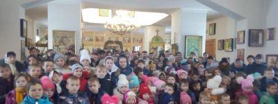 Молебен для учащихся совершили в храме Сошествия Святого Духа в Камызино