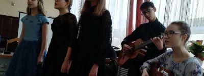 Преподаватели и ученики Воскресной школе при Смоленском соборе выступили на фестивале «Певец Святого Белогорья» и научной конференции в Белгороде