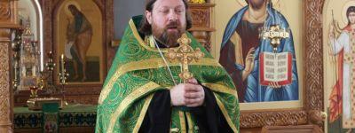 Ректор Белгородской семинарии совершил литургию в домовом храме семинарии в День Святой Троицы