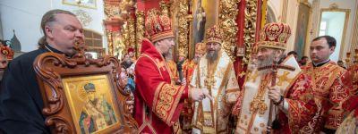 Белгородский митрополит помолился вместе с Предстоятелем Украинской православной церкви в Мгарском монастыре
