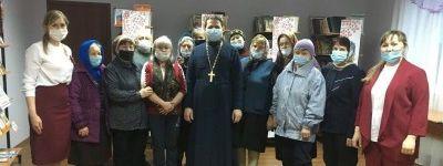 Клирик Свято-Никольского храма в Ракитном на Благовещение навестил жителей села Зинаидино