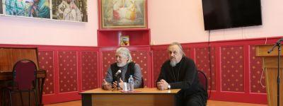 Белгородские педагоги встретились с автором многочисленных публикаций по православной педагогике  протоиереем Алексием  Уминским