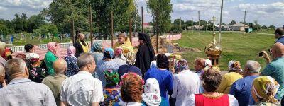 Крест для новой часовни освящён в селе Долгое
