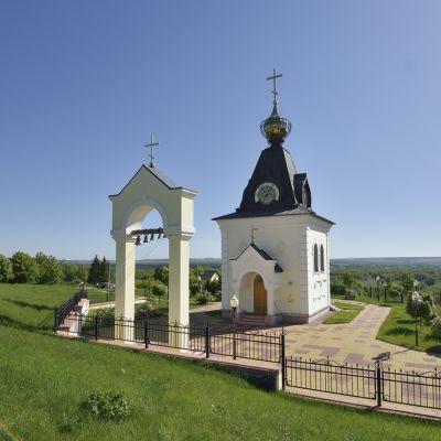 Храм преподобного Феодора Печерского в селе Лавы