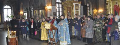 Губкинские ветераны-«афганцы» помолились в Свято-Преображенском кафедральном  соборе о своих однополчанах
