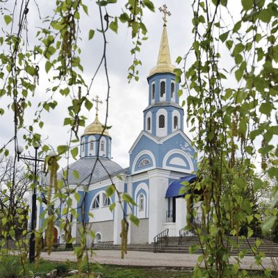 Храм иконы Божией Матери «Знамение» в селе Бессоновка