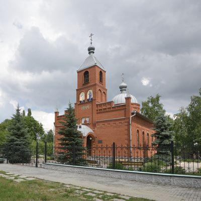 Свято-Пантелеймоновский храм в селе Долгая Поляна