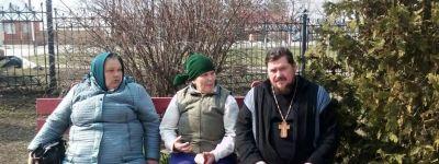 Прихожане Свято-Ильинского храма в селе Красное убрали храмовую территорию