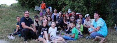 В поход по родной земле сходили ребята из воскресной школы при Свято-Никольском храме Ивни