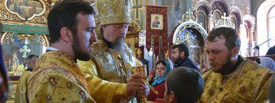 Митрополит Белгородский совершил Божественную литургию в Вознесенском храме в Старом Осколе