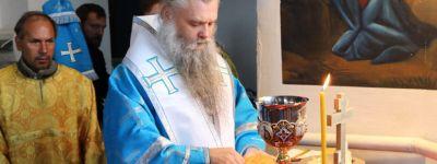 Епископ Валуйский совершил литургию в храме Рождества Пресвятой Богородицы в Бирюче