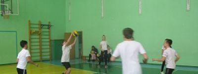 Соревнования по волейболу и пионерболу прошли в православной гимназии в Белгороде