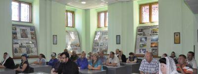 В Спасо–Преображенском кафедральном соборе в Губкине состоялось приходское собрание