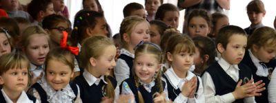 Две пасхальных истории инсценировали школьники в православной гимназии Старого Оскола