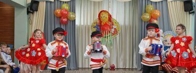Масленицу празднуют в белгородском православном детском саду «Рождественский»