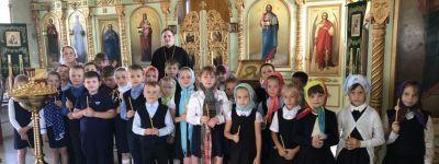Первоклассники побывали в Троицком храме родного посёлка