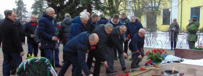Бирюченский благочинный совершил чин освящения памятника «Воинам – интернационалистам, участникам военных локальных конфликтов».