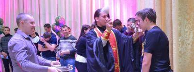 В День призывника священник пожелал ребятам из Волоконовского района благополучной службы и возвращения домой