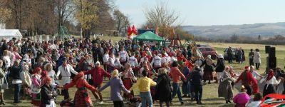 Фестиваль традиционной культуры «Покровские гостёбы» провели в Покров в Тростенце