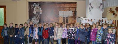 Воспитанники белгородского православного детского сада впервые сходили в школу