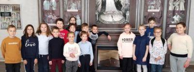 Спектакль «Сказка о рыбаке и рыбке» посмотрели старооскольские православные гимназисты в городском театре для детей и молодёжи