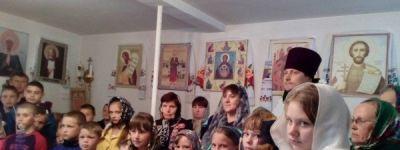 Символической встрече души, жаждущей света и истины, с Богом, посвятили мероприятия Дня православной молодёжи в Грайворонском благочинии