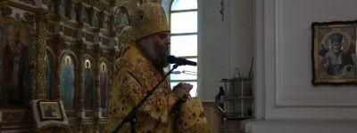 В день памяти святых отцов I Вселенского Собора епископ Валуйский совершил Божественную литургию в Свято-Николаевском кафедральном соборе