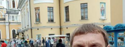 Борюшаяся с болезнью белгородка, которой помогают православные, поклонилась мощам Матроны Московской в Москве