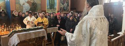 Праздничное богослужение в храме в честь Святителя Митрофана Воронежского в Бирюче совершил Епископ Валуйский