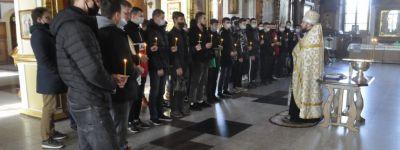 Молитвенное пение для призывников совершено в Спасо-Преображенском соборе в Губкине