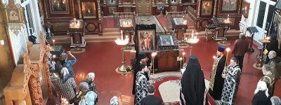 Великое повечерие с чтением Канона преподобного Андрея Критского совершил в Никольском храме Епископ Валуйский