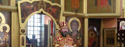 В храме Воскресения Христова села Хотмыжск в день памяти святых равноапостольных Мефодия и Кирилла совершил литургию епископ Губкинский