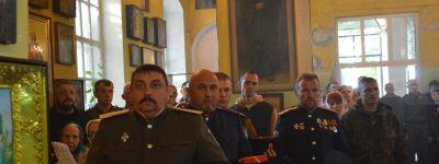 Епископ Губкинский совершил литургию в храме Преображения Господня села Головчино