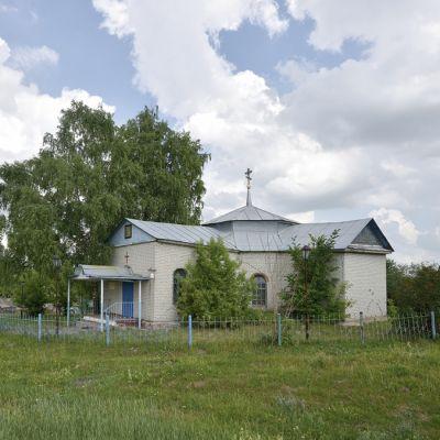 Храм Казанской иконы Божией Матери в селе Комарцево