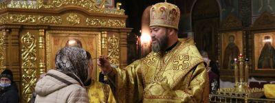 Епископ Губкинский совершил Божественную литургию в храме святых первоверховных апостолов Петра и Павла в Прохоровке