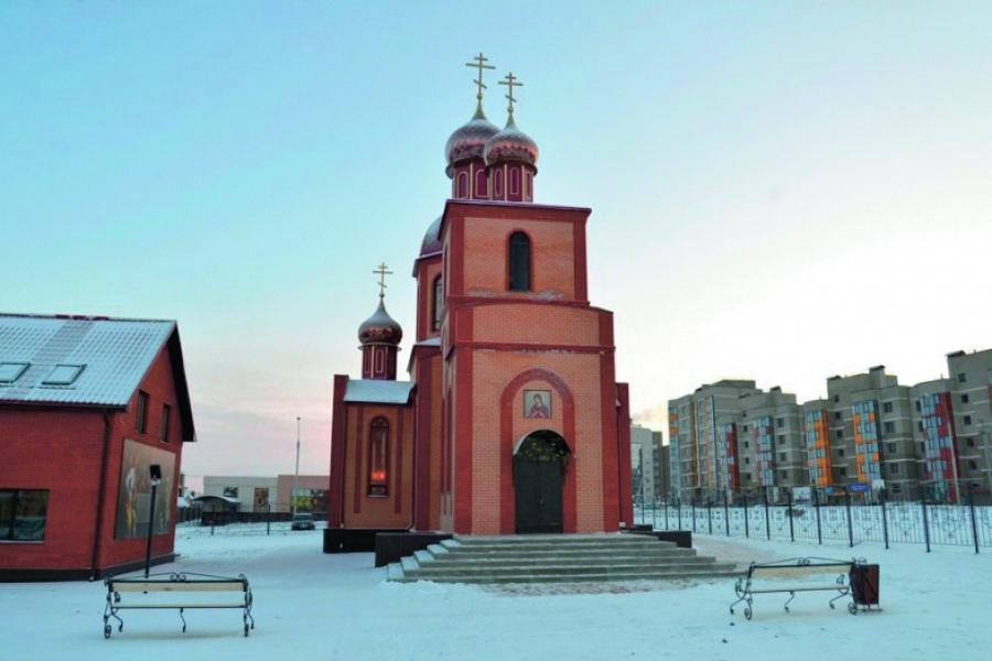 Двери из массива сосны в Красноярске Сравнить цены